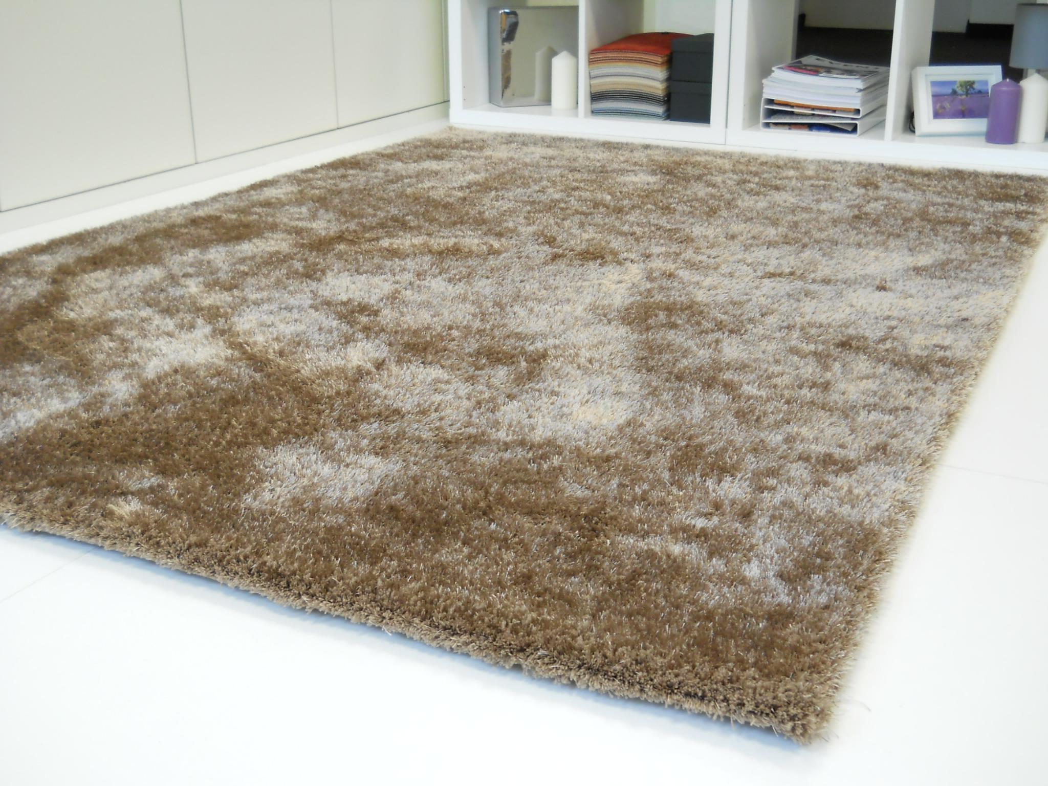 schner wohnen hochflor teppich excellent schner wohnen emotion silber designer teppich diverse. Black Bedroom Furniture Sets. Home Design Ideas